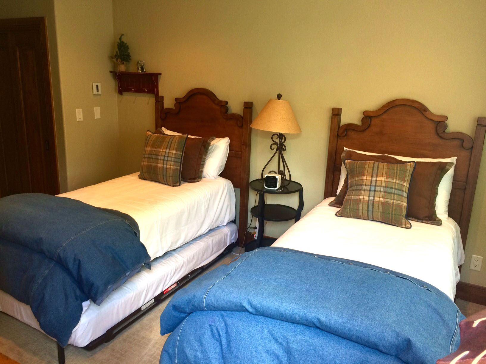 4BR_Plat_Twin bedroom