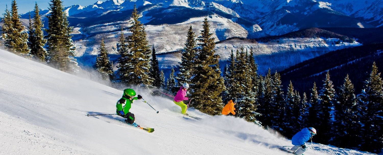 Vail-mountain-skiers